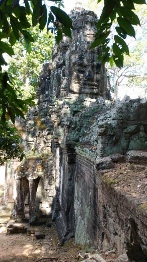 カンボジア~アンコール・ワット&タ・プローム_f0208315_14335432.jpg