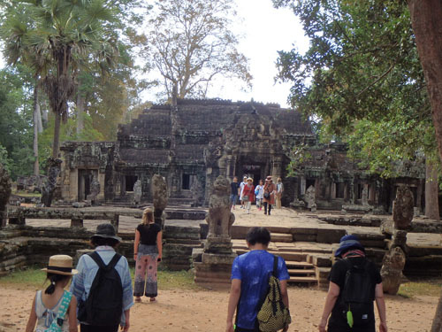 カンボジア~アンコール・ワット&タ・プローム_f0208315_15015415.jpg