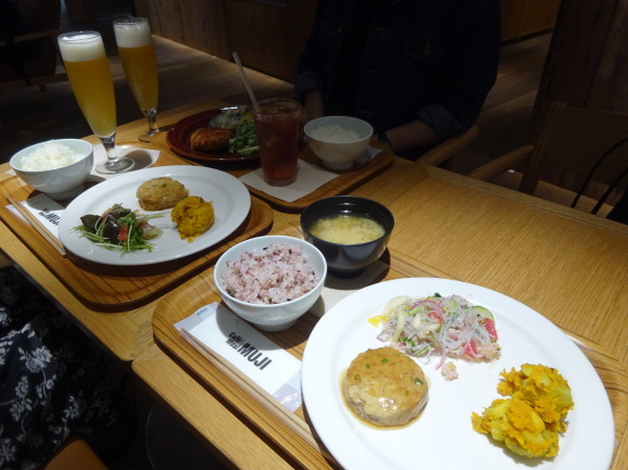 MUJI CAFEでご飯_e0230011_13111579.jpg