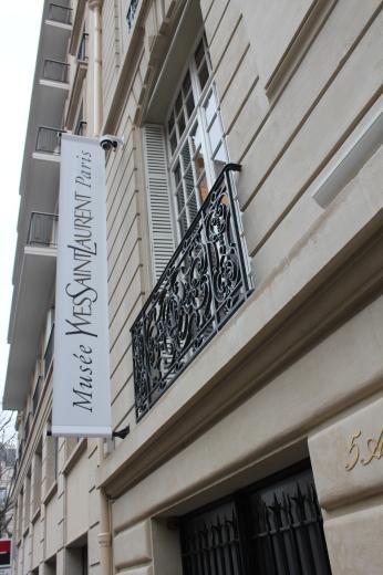 パリの旅日記!待望のイブ・サン・ローラン美術館(୨୧ᵕ̤ᴗᵕ̤)_a0213806_23560286.jpeg