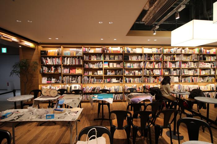 時計づくりのワークショップ at 六本松 蔦屋書店_e0037548_07545993.jpg