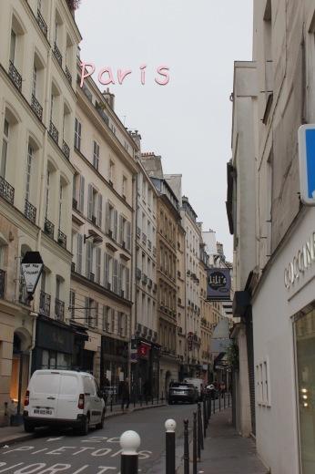パリの旅日記!サンジェルマン・デプレ*⃝̣◌︎⑅⃝︎◍︎♡︎◌︎*⃝̥◍︎♡︎_a0213806_17062409.jpeg