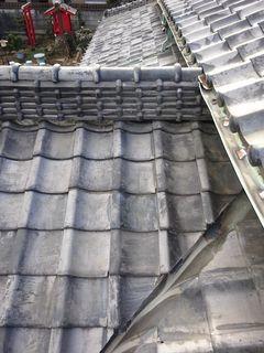 和光市の下新倉で、雨漏り修理工事_c0223192_22393650.jpg