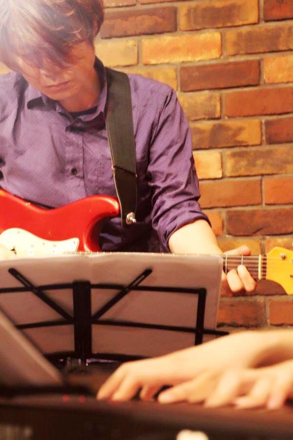 2018/1/16「ギタースクールの講師紹介」_e0242155_22274489.jpg