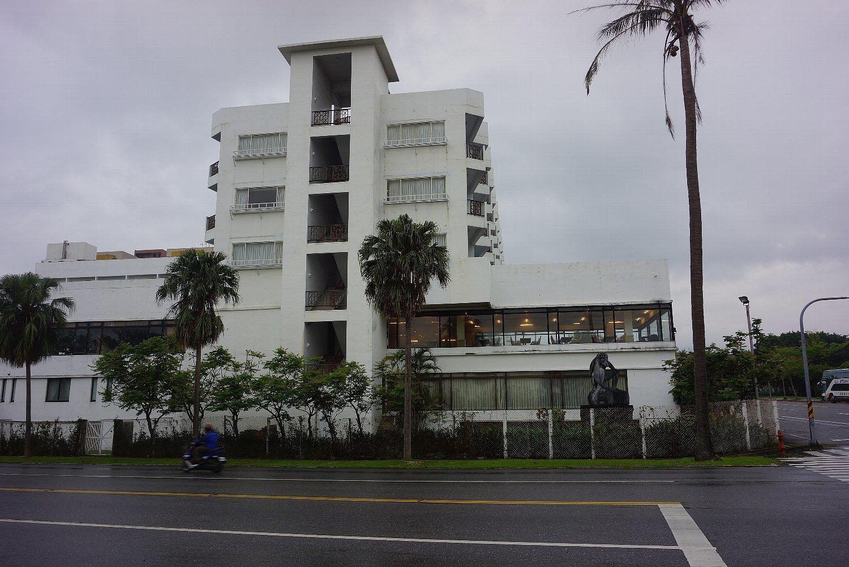 花蓮のホテルと町並み_c0112559_08073160.jpg