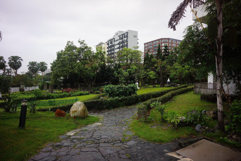 花蓮のホテルと町並み_c0112559_08091723.jpg