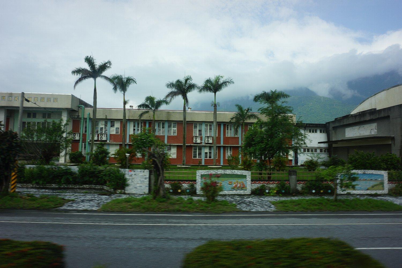 花蓮のホテルと町並み_c0112559_08133735.jpg