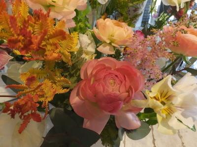 オークリーフ花の教室(山田さんと小川さんの作品)_f0049672_18034698.jpg