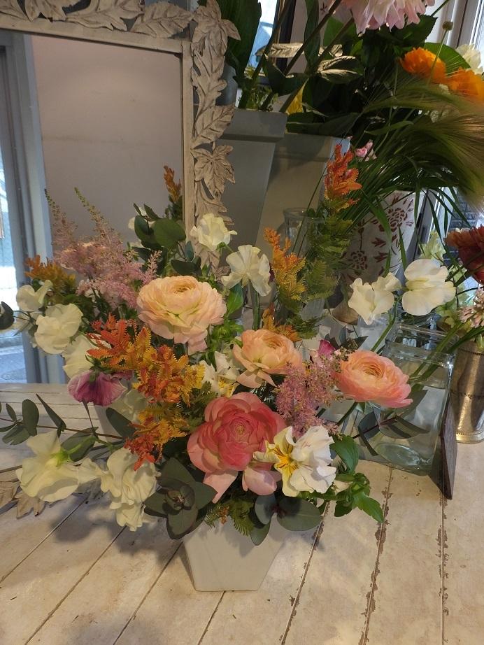 オークリーフ花の教室(山田さんと小川さんの作品)_f0049672_18051910.jpg
