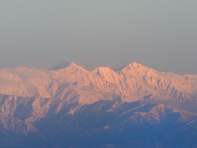 雪の後立山連峰と松本城_a0204089_62362.jpg