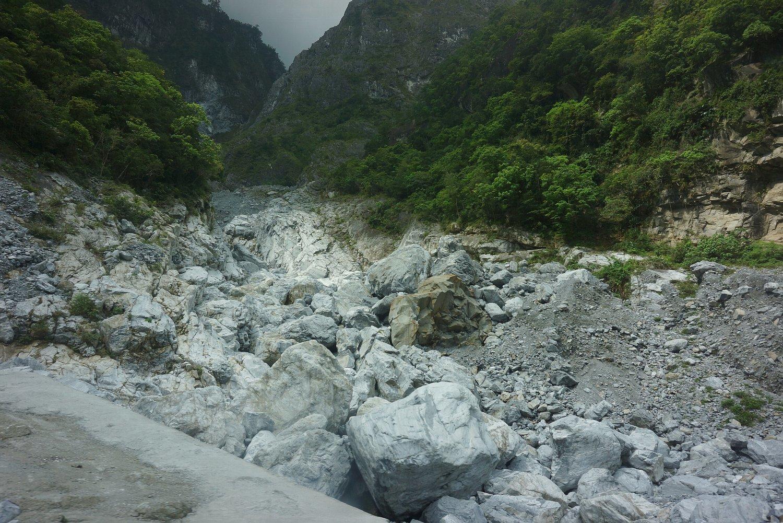 太魯閣峡谷(タロコきょうこく)_c0112559_07194176.jpg