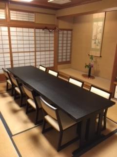 ご予約の個室で椅子席を導入しました!!_a0217348_20585018.jpeg