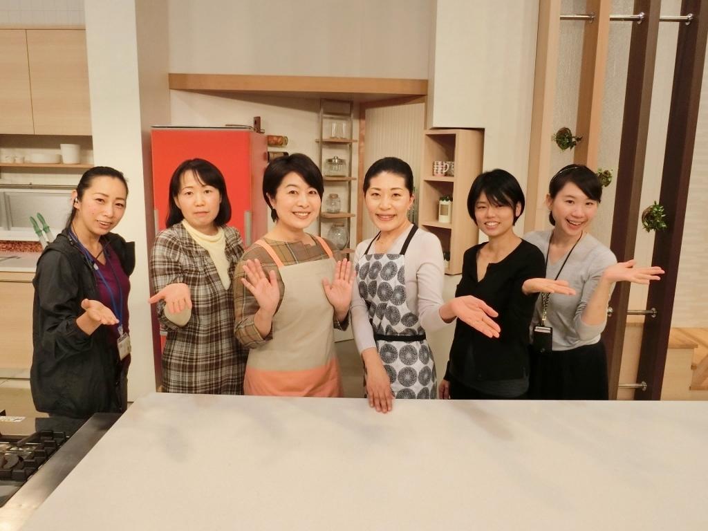 撮影後の記念写真「冬は青菜がいちばん!」_c0122889_21261680.jpg