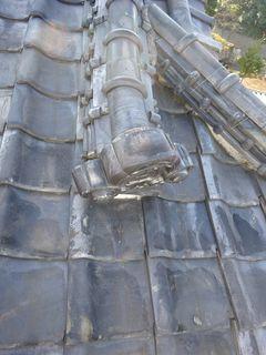 和光市下新倉で雨漏り修理工事_c0223192_16170321.jpg