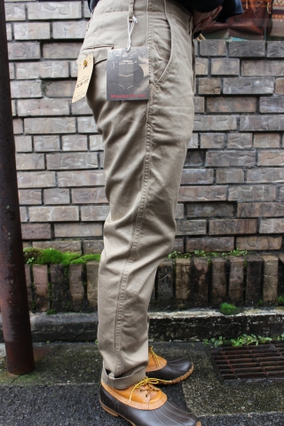 "WORKERS ""Officer Trousers\"" & \""Cotton Knit Cap\"" ご紹介_f0191324_08310110.jpg"
