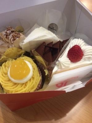 ケーキとダイソン - one day roll