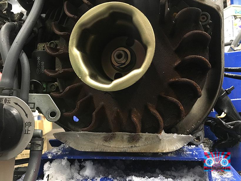 エンジンがかからなくなったYT660EDJ_e0126901_09375141.jpg