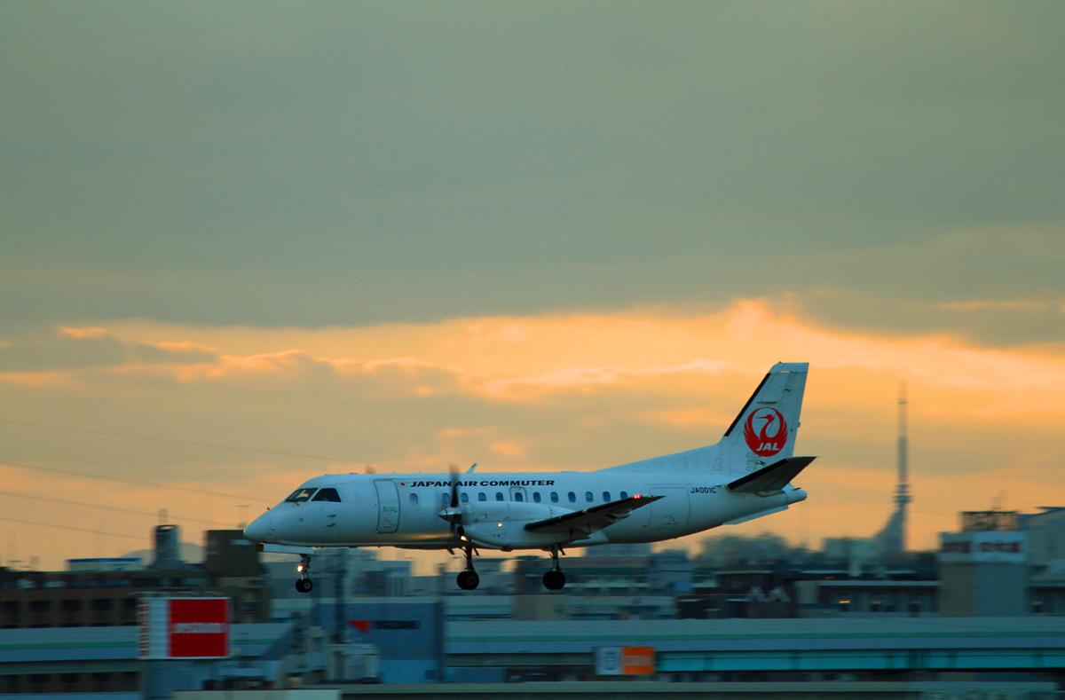JAPAN AIR COMMUTER。_b0044115_09013685.jpg