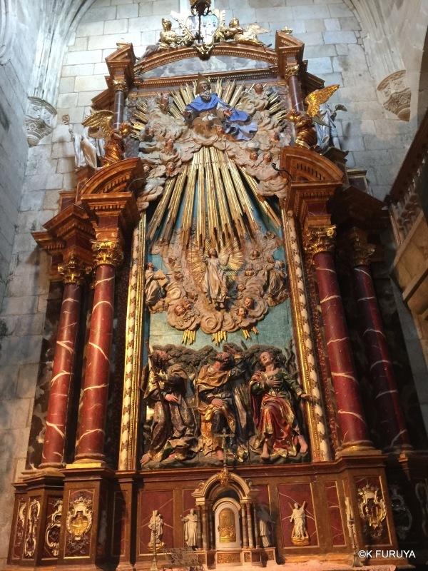 荘厳なサンティアゴ・デ・コンポステーラ大聖堂_a0092659_14541295.jpg