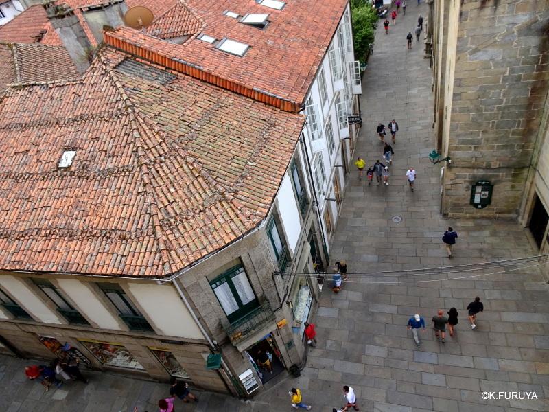 荘厳なサンティアゴ・デ・コンポステーラ大聖堂_a0092659_15101023.jpg