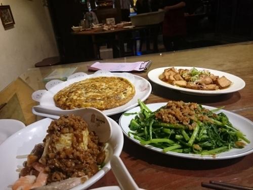 台湾食事美味しかったです!_c0181058_16170691.jpg