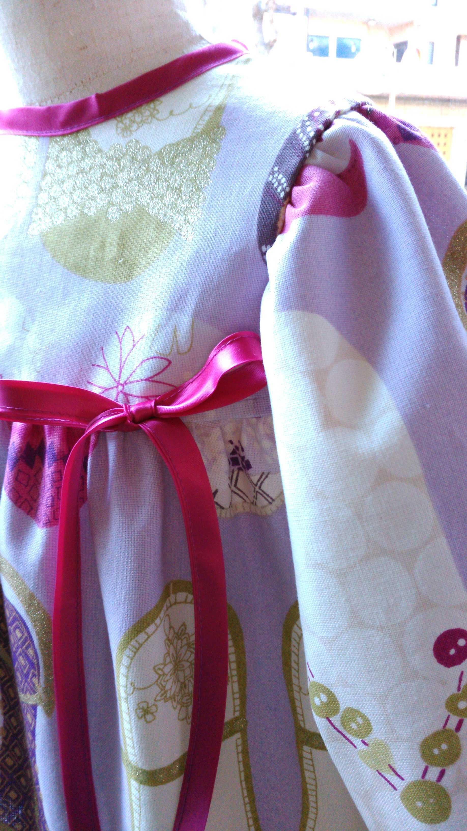 カーテン生地で作る子供服 イギリス『ハーレクイン』_c0157866_12273124.jpg