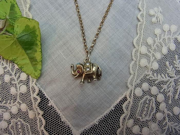 象のチャーム_d0127182_16245892.jpg