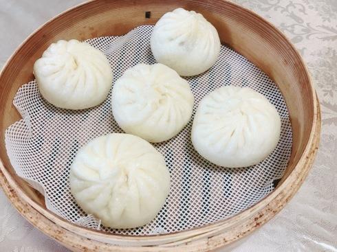 バラ饅頭、香港蝦シュウマイ、野菜饅頭など_a0175348_12511892.jpg