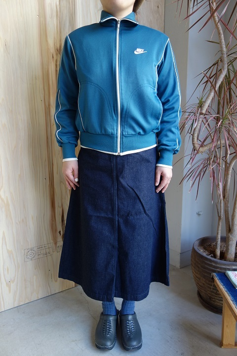 THE NORTH FACE PURPLE LABEL : Mountain Denim Skirt_a0234452_18325115.jpg