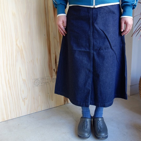 THE NORTH FACE PURPLE LABEL : Mountain Denim Skirt_a0234452_18325417.jpg