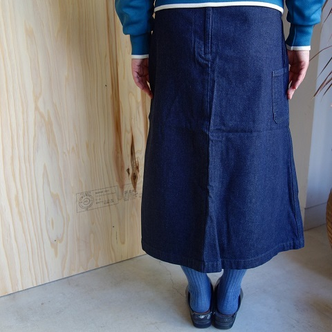 THE NORTH FACE PURPLE LABEL : Mountain Denim Skirt_a0234452_18325967.jpg