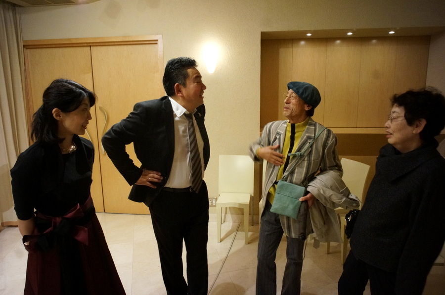 Ein Kontrabaß spielt selten allein am 20.10.17 in Tokio_c0180686_19241170.jpg