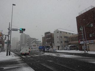 関東地方、4年ぶりの大雪!!_c0223192_23370665.jpg