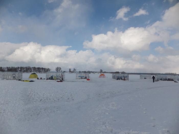 北海道の 氷上ワカサギ釣り !_c0226202_06081749.jpg
