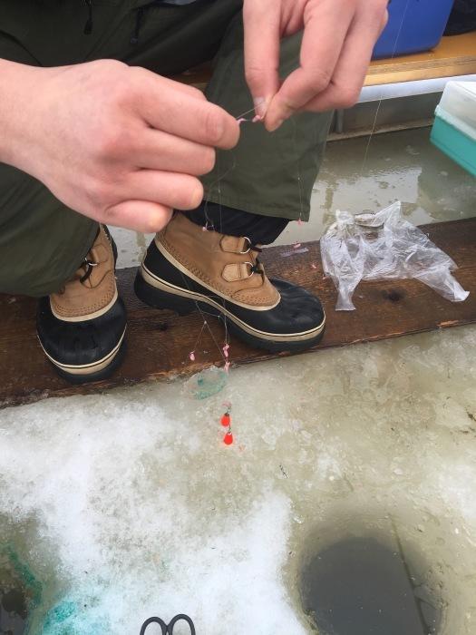 北海道の 氷上ワカサギ釣り !_c0226202_06082383.jpg