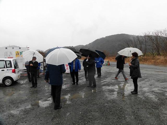 平成30年代中頃の完成を目指し工事が進む「新々富士川橋」 議会の建設水道委員会で現場視察_f0141310_08231988.jpg