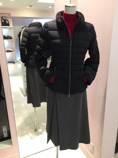 アシメントリーな裾デザイン ロングスカート_c0223630_19225067.jpg
