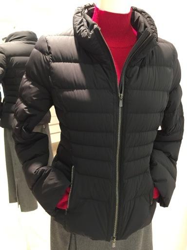 アシメントリーな裾デザイン ロングスカート_c0223630_19241082.jpg