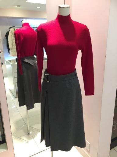 アシメントリーな裾デザイン ロングスカート_c0223630_19271509.jpg