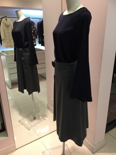アシメントリーな裾デザイン ロングスカート_c0223630_19403957.jpg