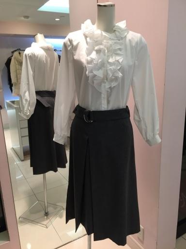 アシメントリーな裾デザイン ロングスカート_c0223630_19442044.jpg