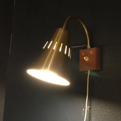 灯りをたして雰囲気よく_f0326751_18040933.jpg