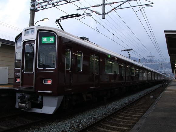 阪急9001F 準急・箕面行き_d0202264_11362398.jpg
