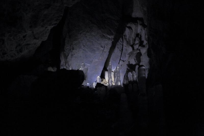 夜、氷の洞窟へ行ってきた_f0075075_05121037.jpg