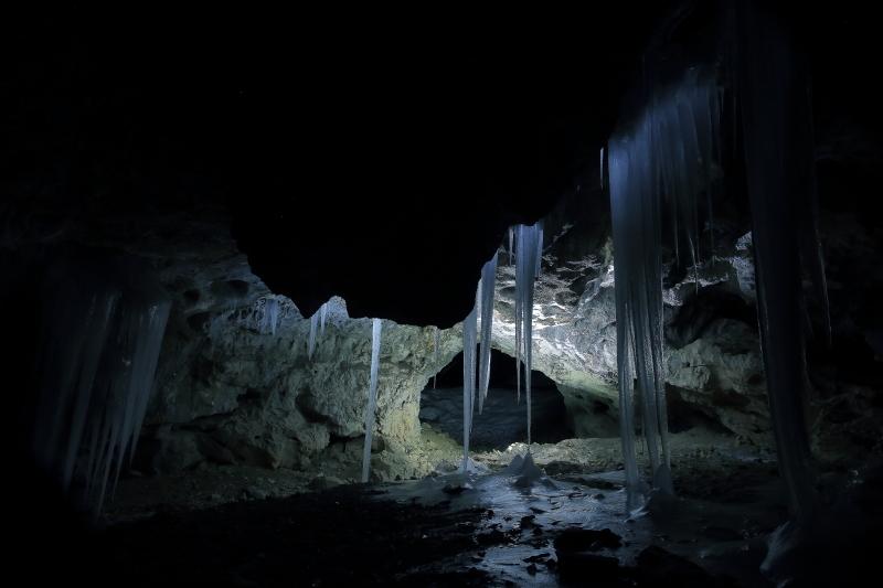夜、氷の洞窟へ行ってきた_f0075075_05123472.jpg