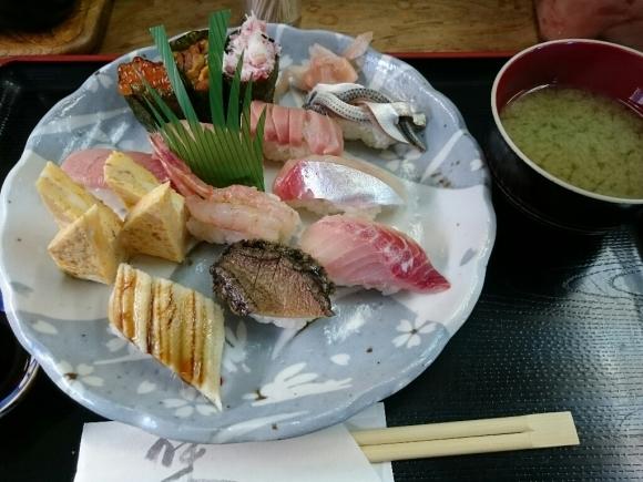 1/24夜勤明け  市場寿司たか  特にぎり¥1,800 + 小肌〆たて¥150 @八王子卸売りセンター_b0042308_18054195.jpg