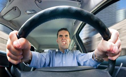 煽り運転はダメよ?ですやん!_f0056935_19070648.jpg