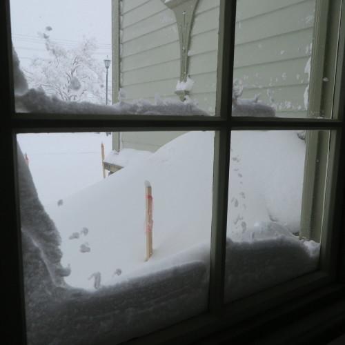 師の教え 想う学び舎 窓の雪_c0075701_11302447.jpg