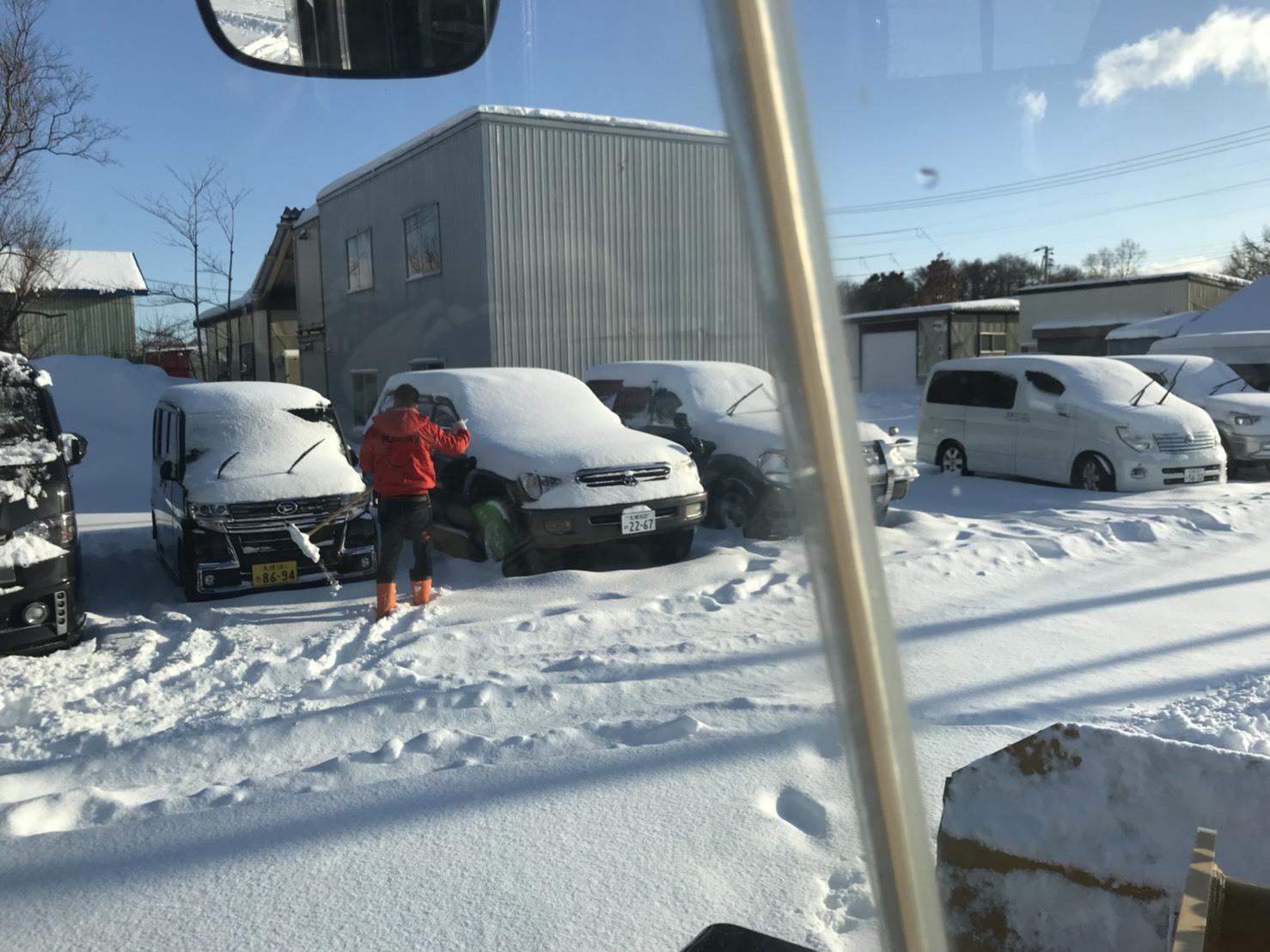1月25日(金)トミーベース カスタムブログ☆ヴェルファイア ハマー ハイエース 様々な車種取り扱っています☆_b0127002_11224130.jpg