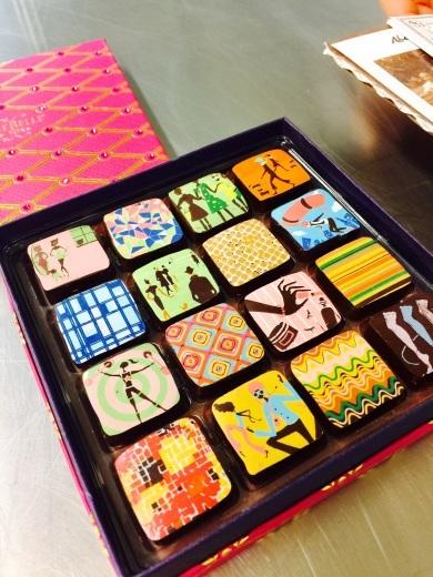 マリベル 100ピースのレッドBOXは最高のバレンタインの贈り物だ!_f0215324_13020471.jpeg
